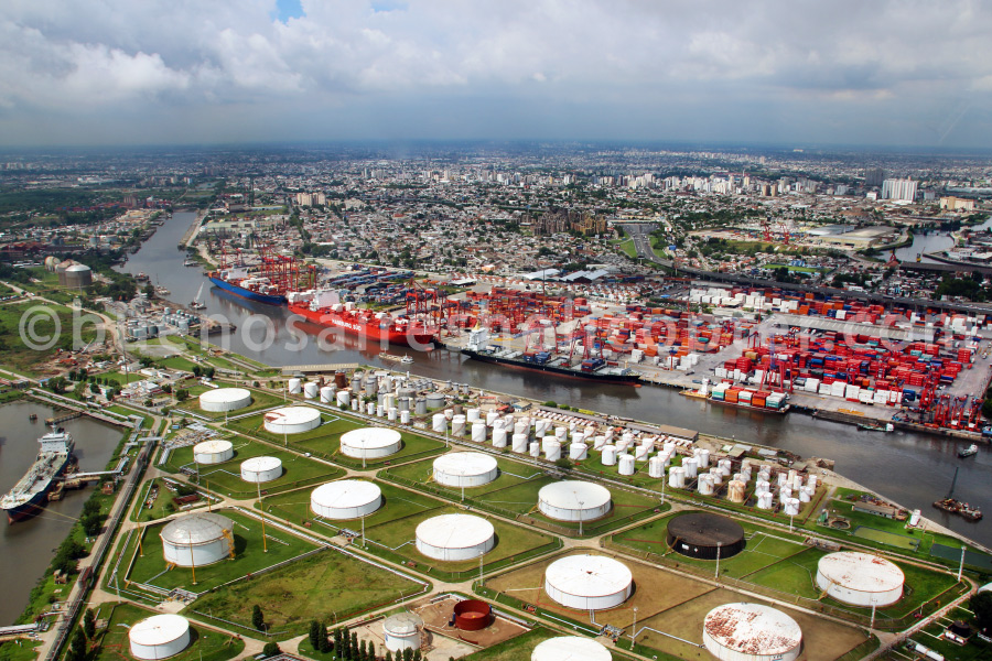 Oil refineries of Buenos Aires