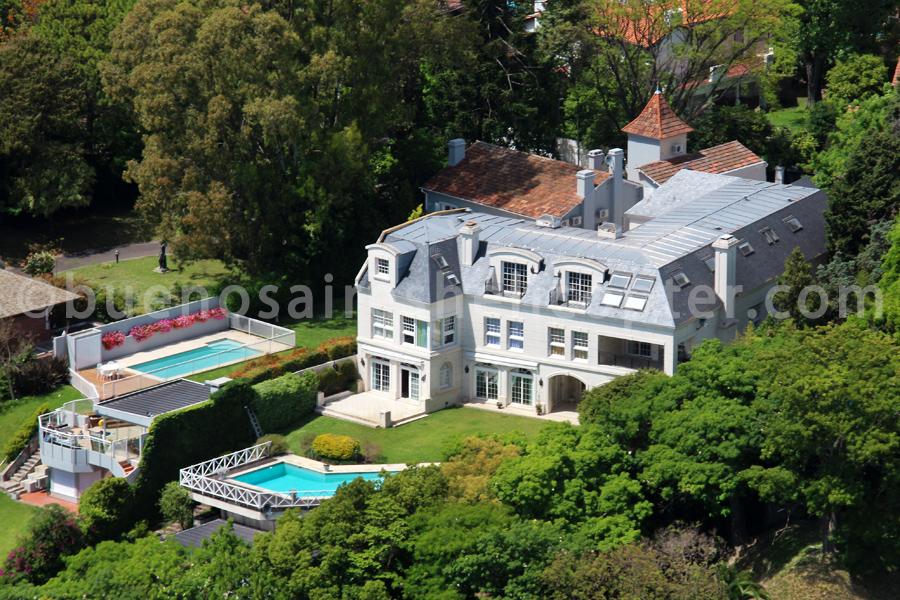 Mansions of San Isidro