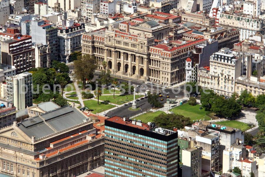 Court palace